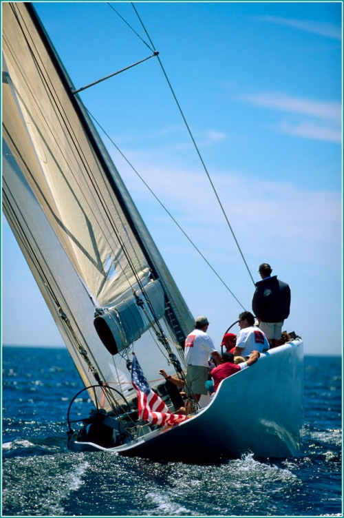 Tony Rae of the Young America Team Steering Spirit of Rhode Island (USA-39)